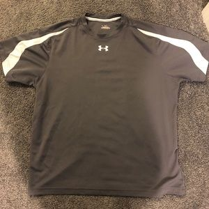Men's under armour tshirt